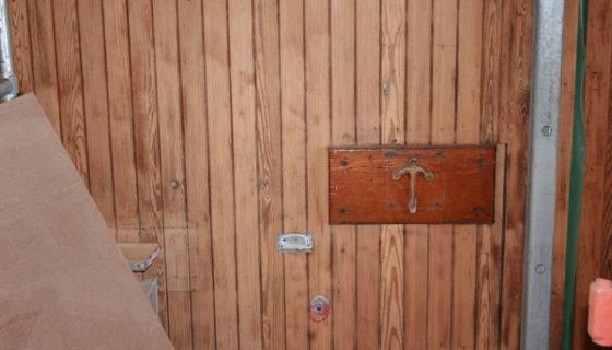 11_soda_blasting_to_remove_varnish_from_wood