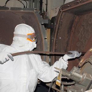 2_industrial_cleaning_using_soda_blasting