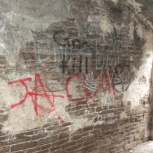 6_graffiti_removal_using_blast_cleaning