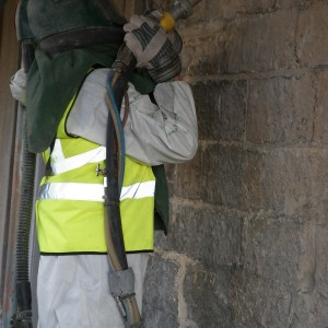 7_limescale_cleaning_using_soda_blasting
