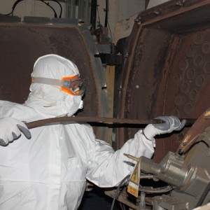 2_industrial_cleaning_using_soda_blasting