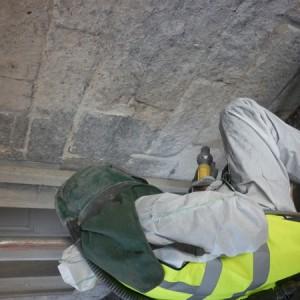 9_cleaning_limestone_using_soda_blasting