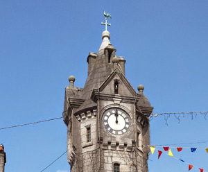 Town Clock Monument Cleaning